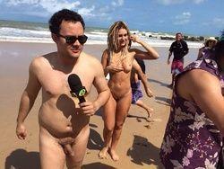Fotos Mendigata pelada na praia de Tambaba em João Pessoa