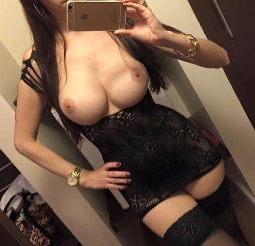 Samara Matos perdeu celular e caiu na net em fotos íntimas - SC