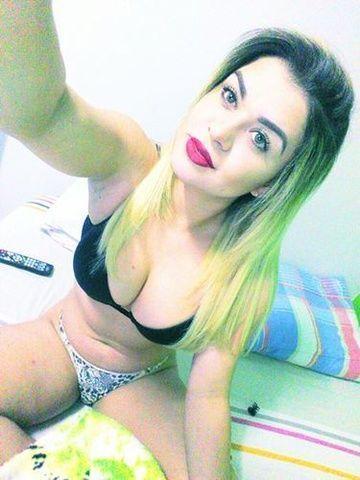 Gostosinha Gáucha perdeu celular e parou na web peladinha