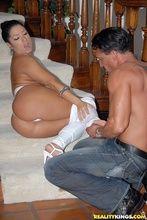 Fotos Monica Santiago curtindo noitada transando anal com marido
