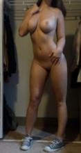 Fotos bunduda caiu fazendo selfies pelada tirando a roupa