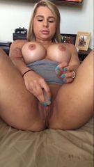 41 fotos Crystina Rossi mostrando buceta quente abrindo as perna e de quatro