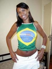 Mari mulher de corno comemorando Copa do Mundo 2018