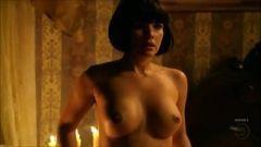 Vanessa Giácomo, Tóia da Regra do Jogo, pelada nua em filme