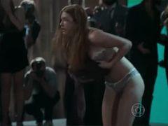 Vídeo HD maravilhosa Marina Ruy Barbosa de calcinha e sutiã em novela