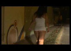 Vídeo maridão voyeur esposa andando de calcinha pelas ruas