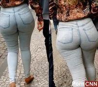 Voyeur extreme cavala de jeans colada da bunda em Vitória - ES