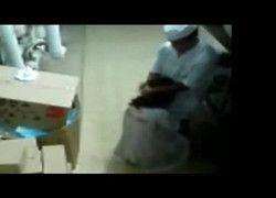 Flagrante gerente fudendo pepeca da mulher casada no deposito