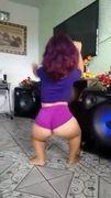 Vazou vídeo mulher anã transando com amigos na suruba em Blumenau SC