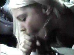 Video minha namorada chupando meu pau grande no carro