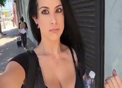 Video mulher tesuda andando pela cidade sem calcinha ainda gravou video