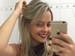 Video Júlia loirinha devassa quicou na rola do amante em São Paulo SP