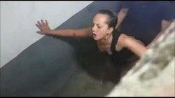 Video professora de português flagrada dando no banheiro