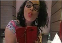 Isadora Fenix puta safada gostosa recebeu porra no cuzinho