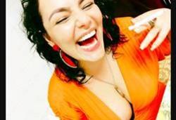 Video Isadora Fenix safada tesuda fazendo beijo com porra São Paulo SP