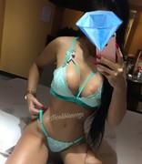 Video Nicoli Blanco morena puta de Porto Alegre RS totalmente pelada
