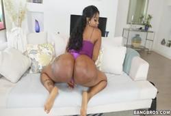 maior bunda negra em porno dessa gostosona